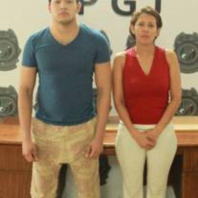Detienen en Cancún a pareja de presuntos defraudadores