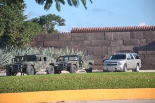 Fuerte operativo militar en la Riviera Maya; presumen asistencia de EPN a evento en el hotel Mayakoba