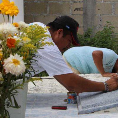 DÍA DE MUERTOS EN LOS OLIVOS: Entre rezos, mariachis y bailes, los vivos celebran a los muertos en el populoso y olvidado panteón de Cancún