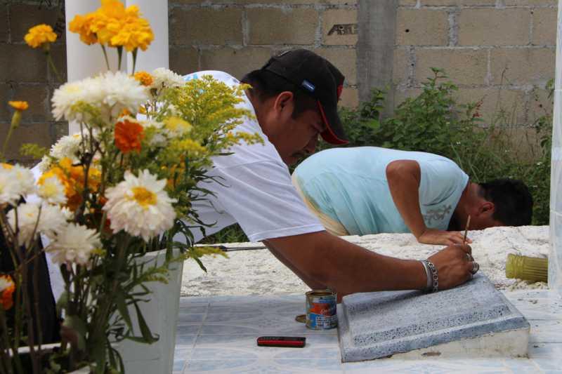 02panteonPanteón Los Olivos. Día de Fieles Difuntos. (8)