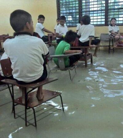 TODO CANCÚN BAJO EL AGUA: Nuevamente, un fuerte aguacero colapsa al principal destino turístico de México; escuelas sufren inundaciones hasta en los salones y se suspenden clases, otra vez