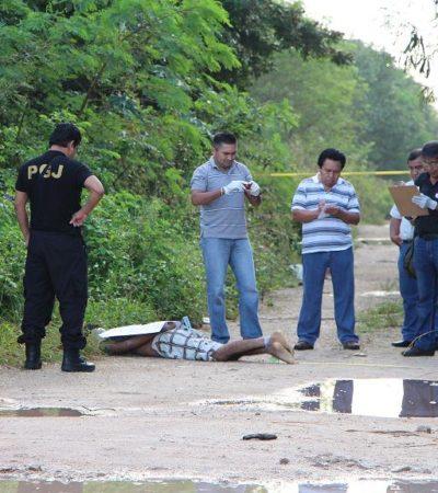 CIMBRA EJECUCIÓN EN CANCÚN: Con un narcomensaje que alude al Gobernador, encuentran cadáver maniatado y vendado al final de la Avenida La Luna; Borge se deslinda y Procurador rechaza protección a grupos del narco