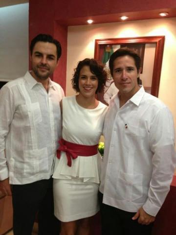 Viaja a Miami esposa del médico cozumeleño Fernando Sentíes, víctima en accidente aéreo