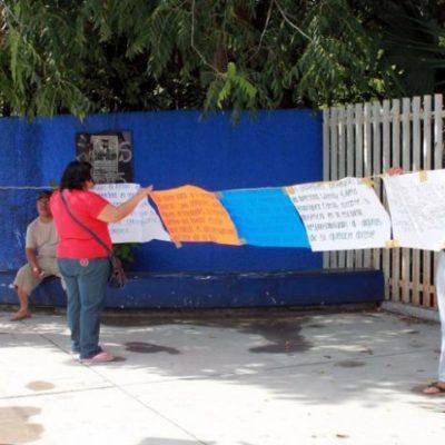 Realizan maestros primer paro escalonado en secundaria y seguirán con primarias en Cancún