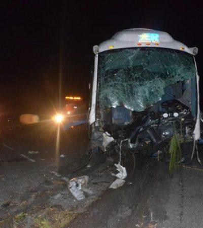 TRÁGICO CHOQUE EN CARRETERA: 4 muertos y 15 heridos en accidente en la vía Chetumal-Escárcega