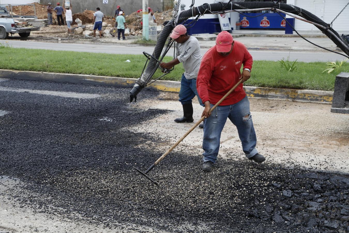 PALIATIVO PARA CALLES DESTRUIDAS: Anuncia Borge 107 mdp para programa emergente de bacheo en las principales ciudades de QR