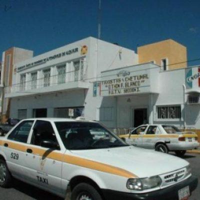 """¿MÁS AUMENTOS PARA EL 2014?: Solicitan taxistas de Chetumal incrementar la tarifa y acepta Sintra que se está """"evaluando"""""""