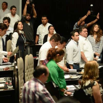 GOL DE PORTERÍA A PORTERÍA: Sin información, aprueban diputados aumento de las cuotas para los verificentros