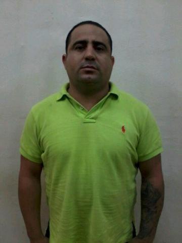 Dan formal prisión a cubano jefe de banda de clonadores en Cancún