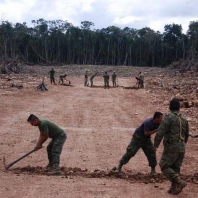 DESTRUYEN NARCOPISTA EN LA SELVA: A pico y pala, el Ejército deja inutilizada pista aérea del narco en los límites de Bacalar
