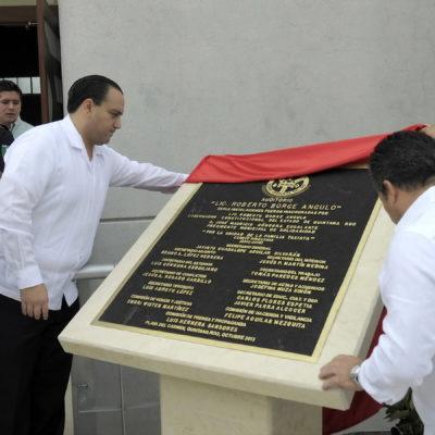 PARA LA EGOTECA Y LA COMPONENDA: Inaugura Borge auditorio de taxistas de Playa con su nombre