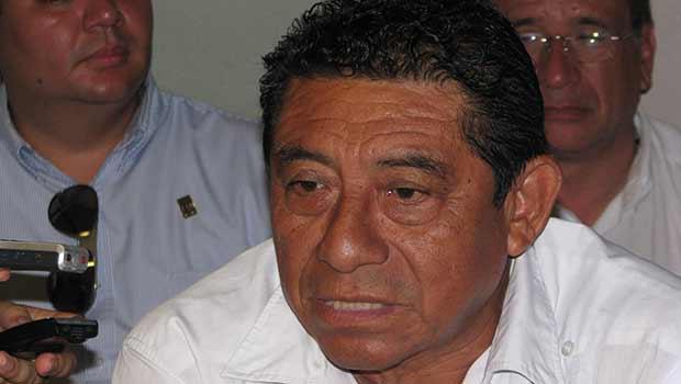 Ofrece Sebastián Uc Yam recompensa de $300 mil a quien dé informes sobre responsables de atentado a sus radiodifusoras