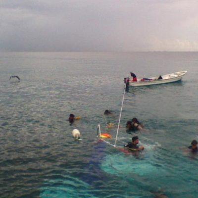 SUSTO EN LA RIVIERA MAYA: Se hunde embarcación turística frente a parque temático sin víctimas