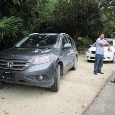 TOLERAN ANARQUÍA DE TAXISTAS: Justifica Sintra atropello al detener en Tulum camioneta donde viajaban las actrices Demi Moore y Belén Rueda