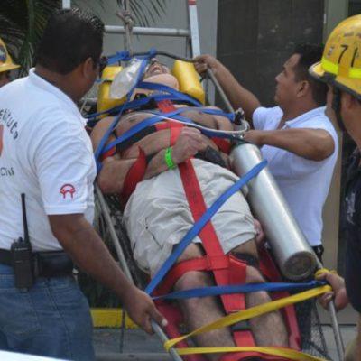 Turista israelí en estado 'alterado' se arroja del techo de un hotel en Playa del Carmen