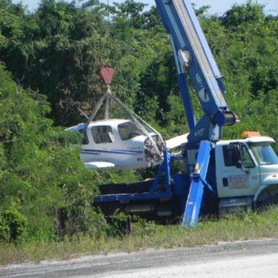 Rescatan avioneta accidentada en el aeródromo de Playa del Carmen