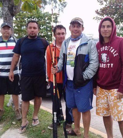 Rescatan beliceños a pescadores que quedaron por 18 horas a la deriva en la Bahía de Chetumal