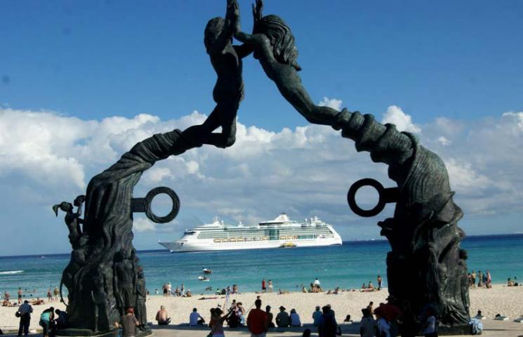 SEMANA HISTÓRICA PARA COZUMEL: Esperan 30 cruceros en el arranque de febrero, la mayor cifra desde el paso de 'Wilma' en 2005