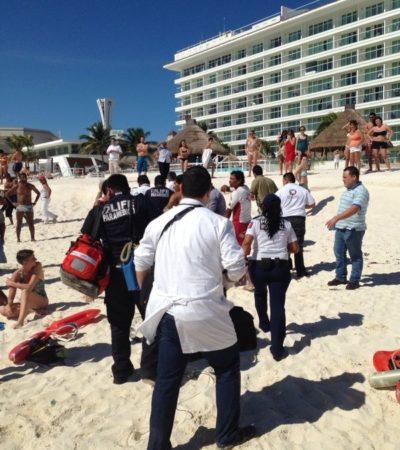 Rescatan a hombre a punto de ahogarse en Cancún