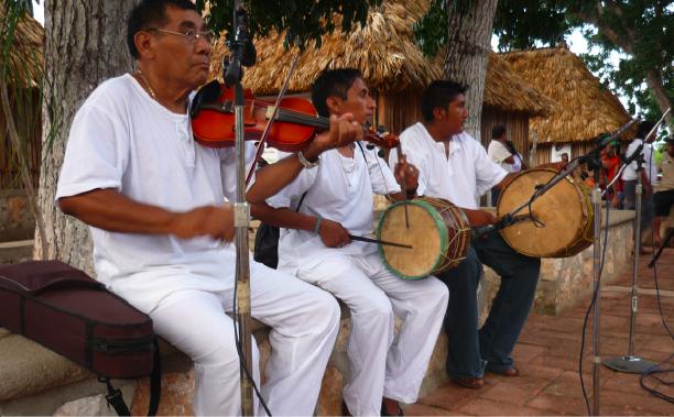 LA MÚSICA MAYA, AMENAZADA: La 'maya pax', patrimonio cultural de QR, en riesgo de desaparecer por globalización y migración