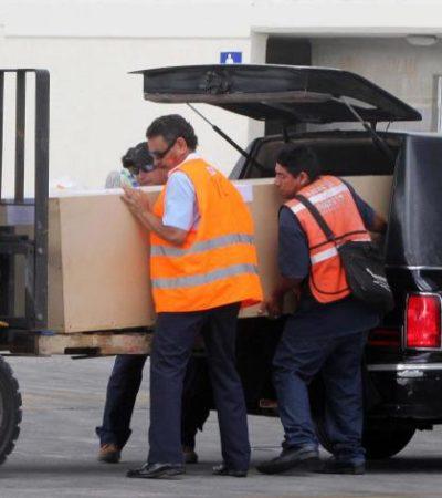 EL ÚLTIMO VIAJE DE PACO DE LUCÍA: Dentro de una sencilla caja de madera, emprende el guitarrista el regreso a España en vuelo con escala en Newark