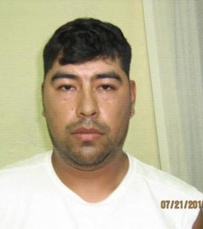 Continúa en estado grave el ex policía baleado en Cancún