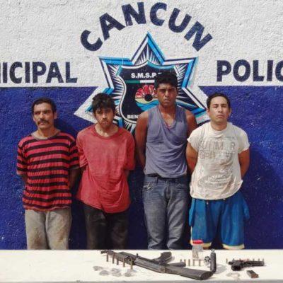 CAPTURAN A 4 EMPISTOLADOS: Tras asalto a un peatón, detienen a cuatro sujetos con armas y drogas en la colonia Avante de Cancún
