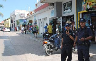 Refuerzan seguridad en Cozumel ante el temor de un nuevo asalto a joyerías