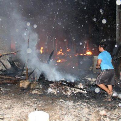 INCENDIO EN SANTA ROSA: Por siniestro, se quedan en la calle 4 familias de Felipe Carrillo Puerto