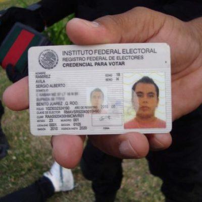 Se accidenta guarura de funcionario de Cancún, le hallan droga y aplica el 'influyentazo'