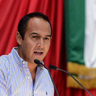 LE ALLANAN EL CAMINO A JUAN CARRILLO: Polémico diputado priista pide licencia para irse de secretario del Ayuntamiento de Isla Mujeres