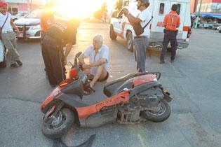 VIAJAN POCOS Y CUANDO LLEGAN…: Arrolla taxista a un turista suizo en Chetumal