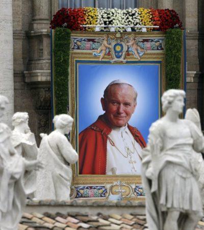 CANONIZAN A 2 PAPAS EN EL VATICANO: No sin polémica, vuelven 'Santos' católicos a Juan XXIII y a Juan Pablo II en ceremonia con dos Papas vivos