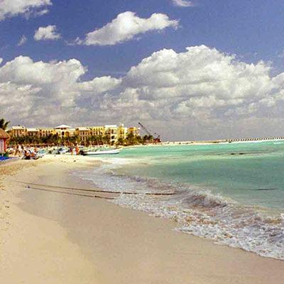 EXHIBEN A LAS PLAYAS MÁS CONTAMINADAS: 'Lancheros' y 'Porto Real', en la Riviera Maya, entre las 25 playas menos limpias de todo México