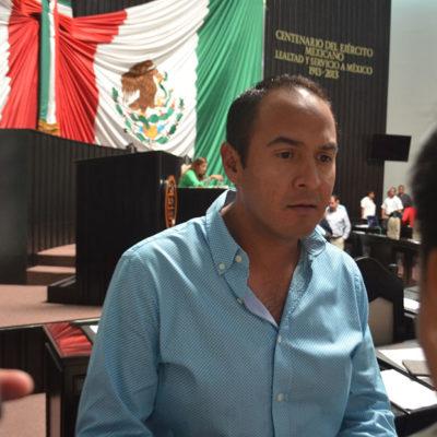 SIGUE CONGRESO 'A TODO VAPOR': Para enmendar la pifia de la polémica 'Ley Antimarchas', presenta Juan Carrillo una tibia 'Ley Antibloqueos'