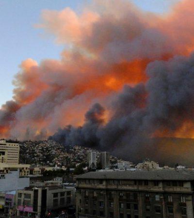 CATÁSTROFE EN CHILE: Incendio forestal deja al menos 11 muertos, 5 mil evacuados y 500 casas destruidas en Valparaíso