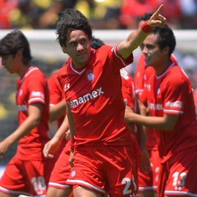 Vence Toluca 2-1 al León y amenaza al Cruz Azul en el superliderato