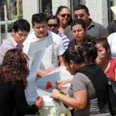 Se entrega padre que mató a su hijo de una puñalada en Cancún