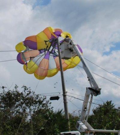 Sobrevive una pareja de turistas tras sufrir accidente en paracaídas en Cozumel