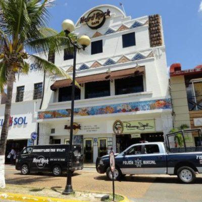 Por no pagar la renta, embargan y desalojan el 'Hard Rock Café' frente al muelle San Miguel en Cozumel