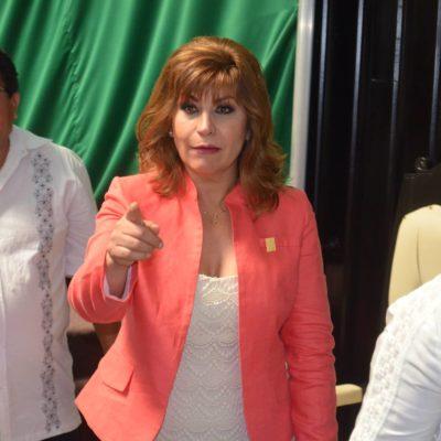 A COMO DICE UNA COSA, HACE OTRA: Susana Hurtado, la diputada de las tangas, se pronuncia a favor de regular internet y redes sociales en QR