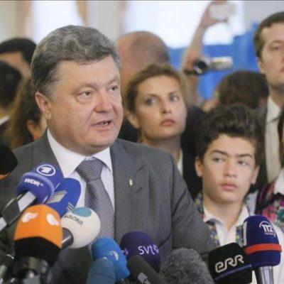 ELECCIONES EN UCRANIA: Gana el magnate Petro Poroshenko votaciones por amplia mayoría
