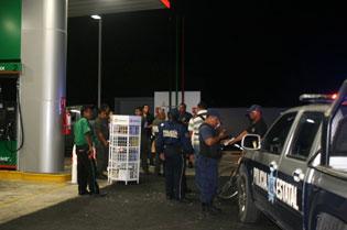 Y SE VERÁN COSAS PEORES: Automovilista carga gasolina y se da a la fuga sin pagar en Chetumal