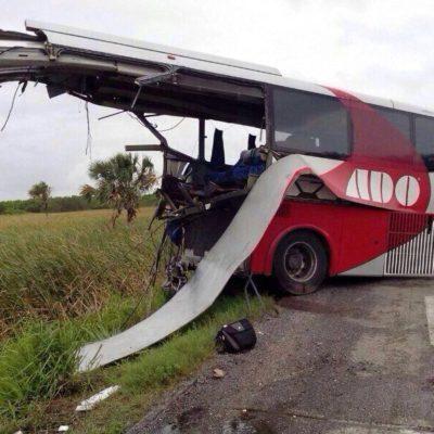 Confirman que chofer de ADO accidentado no está en lista de muertos o heridos