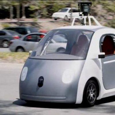 Diseña Google auto que se maneja solo: sin volante, ni acelerador, pero con mucha tecnología