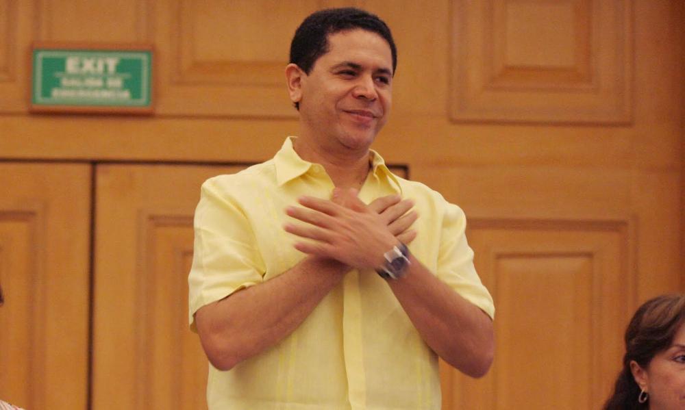 ESCARBAN EN LOS PASOS DE GREG EN ARGENTINA: Allanan vivienda del ex Alcalde de Cancún en investigación por lavado de dinero
