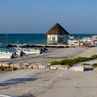 Implementan Proyecto Buenas Prácticas de Turismo en 12 hoteles de Holbox