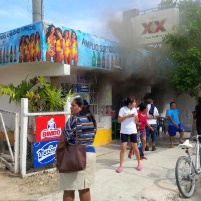 Consume incendio vivienda en FCP