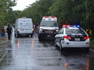 PASEO TRÁGICO: Fallece turista de EU al derrapar en moto en la Costera Sur de Cozumel