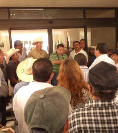 Protestan ejidatarios en la SCT en Chetumal para exigir indemnización por tierras